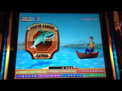 Reel 39 em in slot machine youtube for Reel em in fishing slot machine