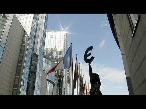 ECB keeps rates unchanged, cautious on recovery - economy