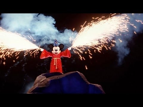 ♥♥ 2013 Fantasmic! Show at Disneyland (in HD), Please SUBSCRIBE by clicking here: http://www.youtube.com/subscription_center?add_user=MoneySavingVideos To see my entire Disneyland playlist click here: htt...