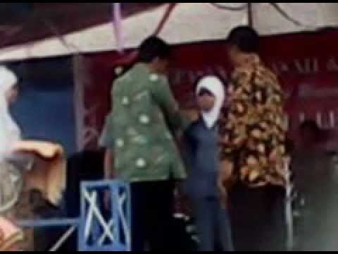 pelepasan siswa/siswi SMK NEGERI 1 LELEA 2011/2012