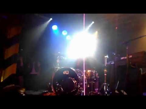 Matt and Kim -- Yeah Yeah (Live at the Oxford Art Factory, Sydney)