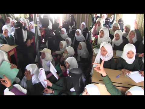 فيديو : جمعية رعاية الطالب بالمكلا تنفذ تدشين 100 صف في مشروع المدارس البديلة بمحافظة مأرب