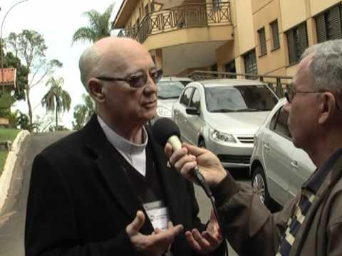 Pe. Deusmar coordena encontros de presbíteros em São Pedro e Assis