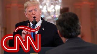"""Trump llama a reportero de CNN Jim Acosta """"enemigo del pueblo"""""""
