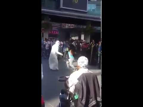 استهبال سعودي في الخارج funny arab dance