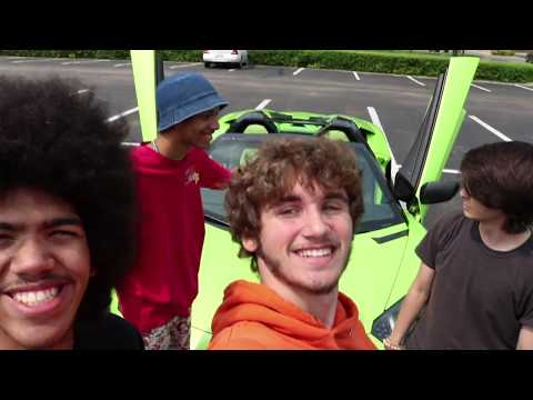 Green Screen Lambo
