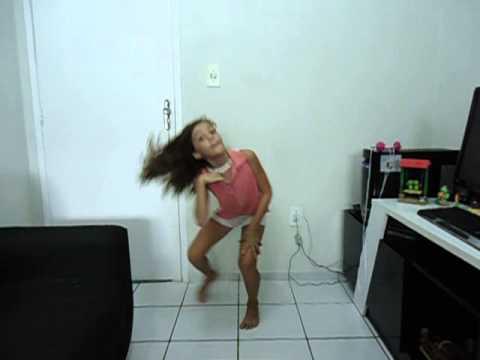 Lisa dançando PREPARA (Anita)