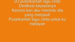 Video Lirik Lagu Sedih-V.I.P
