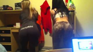 2 Sexy Mexican Teens Twerking