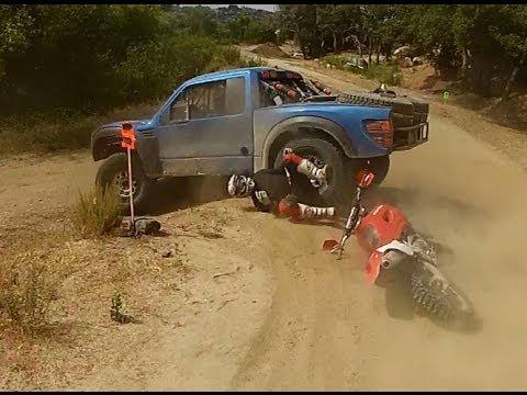 X 15 Crash BAJA 500 2013 BIKE CRASH INTO TROPHY TRUCK RED BULL - YouTube