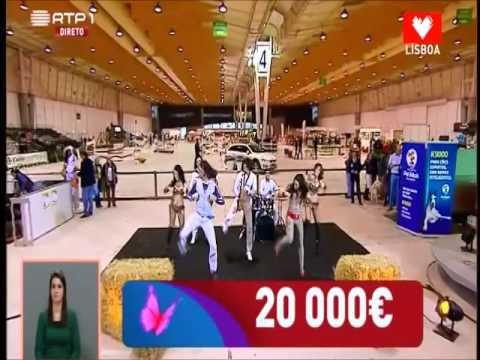 Delfim Junior & Ympério Show no portugal no coração com a dança da galinha