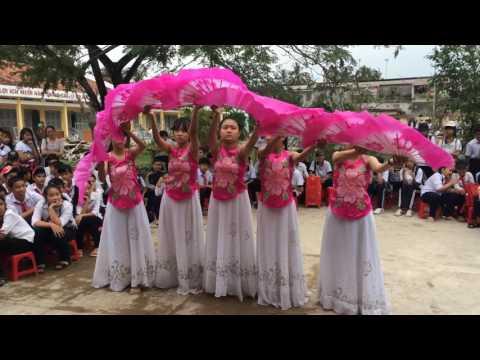 Múa quạt bài Giấc Mơ Trưa đẹp nhất trường Trung Học Cơ Sở Quới Sơn