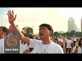 Thousands of Filipino Catholics march against drug war killings