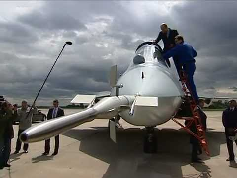 PRESIDENT Putin climbs to a STEALTH SUKHOI PAK FA 5th-Gen FIGHTER JET at the Zhukovsky Air Base