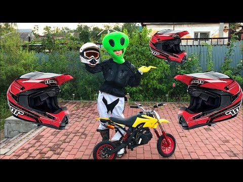 Extraterrestrial on Spaceship found Motorcycle & Started Funny Race on Motorcycle Yamaha for Kids