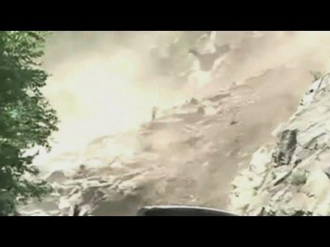 Huge landslide kills 10 and injures 19 in Southern China