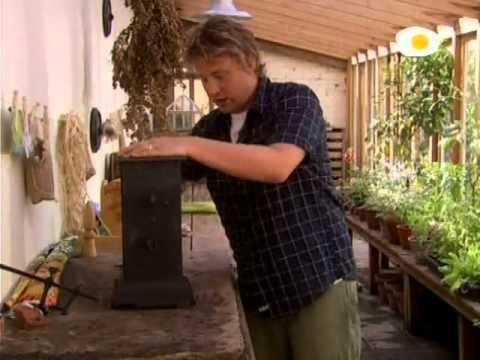 En casa de jamie oliver en espa ol 1x03 barbacoa youtube for Cocina de jamie oliver