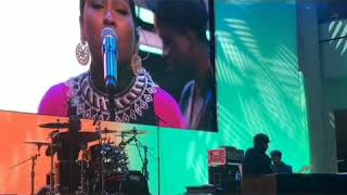 Tre' Playing for Melanie Fiona thumbnail