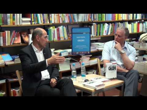Janez Janša v Novem mestu predstavil knjigo Okopi