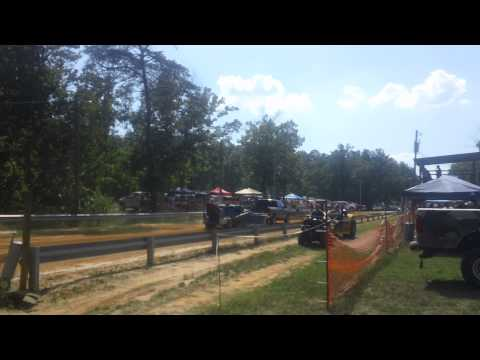 16 year old first time pulling at a tractor pull