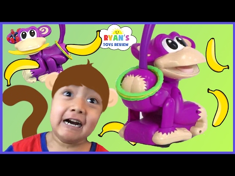 Elefun  Friends Chasin Cheeky Ring Toss Monkey Family Fun Games for Kids Egg Surprise Toys
