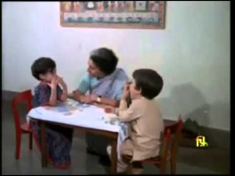 Rare Video of Rahul Gandhi, Priyanka Gandhi with Indira Gandhi