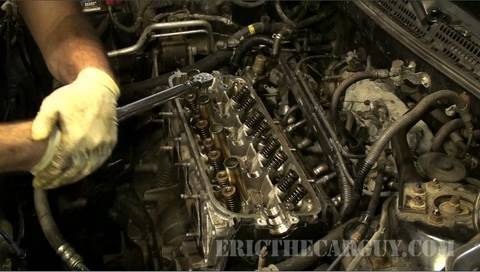 Changing Crank Shaft Seals On Suzuki Ts