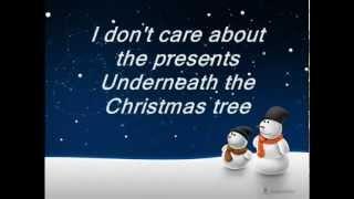 Mariah Carey *All I Want For Christmas Is You* + Lyrics