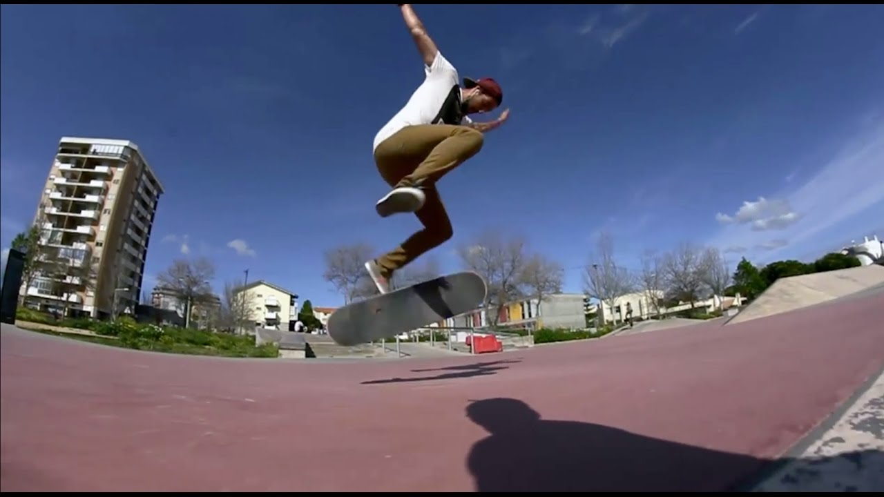 Skateboarding montage with: Ruben Rodrigues Filmed with: Canon T2i