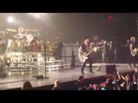 Green Day - When I Come Around (Allstate Arena)