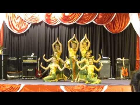 Nkauj Hmoob Hli Xiab @ Sacramento Hmong New Year Dance Competition 2012-2013