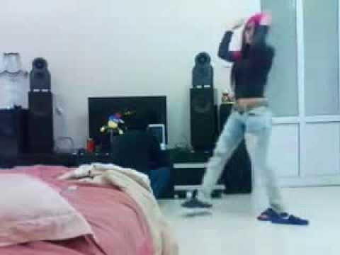 Nhảy DJ Đẹp Nhất Của Năm 2013