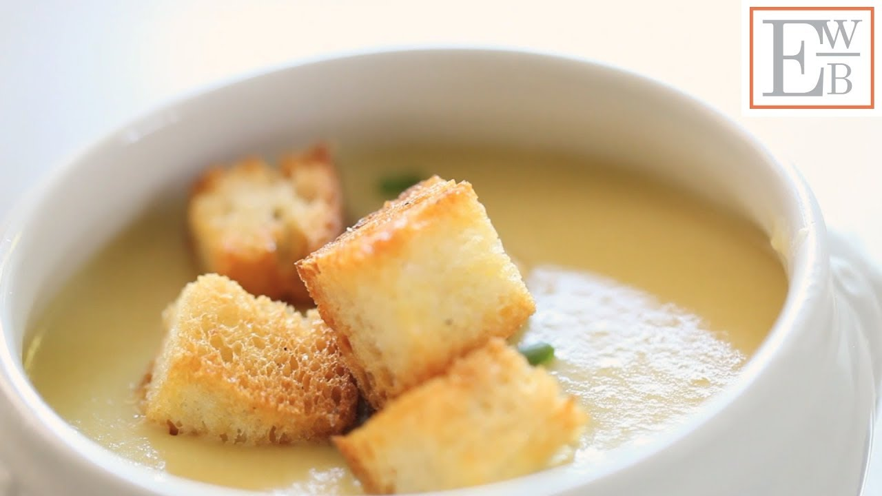 Beth's Easy Potato and Leek Soup with Garlic Croutons - YouTube
