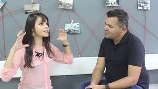 Edilson conversa com blogueira sertaneja