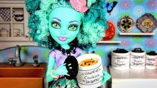 How To Make Doll Kitchen Accessories: Canisters Plus