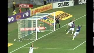 Confira os lances pol�micos de Cruzeiro e Palmeiras 1/2