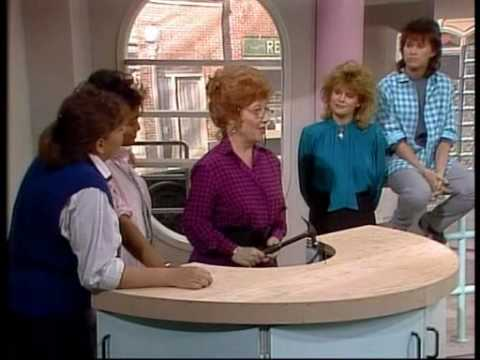 The Facts of Life - Into the Frying Pan (3/3)
