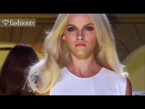 Versace Runway Show - Milan Fashion Week Spring 2012 MFW | FashionTV - FTV, http://www.FTV.com/videos MILAN - There was a resort feel to the Versace Spring/Summer 2012 collection at Milan Fashion Week, but in true Versace style. In t...