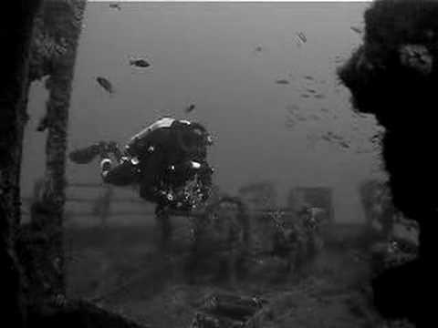 rebreather wreck diving