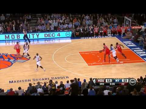 Dwight Howard's struggles vs Andrea Bargnani & the Knicks - 2013.11.14