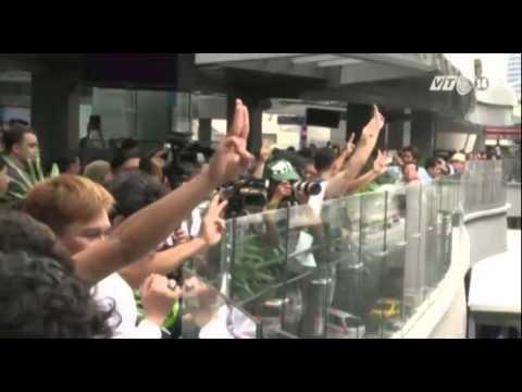 VTC14_Thái Lan: Điệu chào ba ngón tay thành biểu tượng chống đảo chính