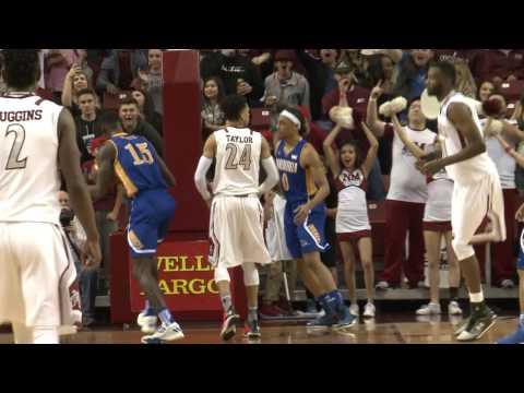 Matt Taylor dunk vs. Bakersfield