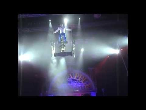 Jonatan Riquelme Rolla Bolla Aerial Abu Dhabi Big Apple Circus