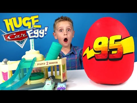 Disney Cars Kinder Play-Doh Surprise Egg & Disney Cars ToysReview Color Changers Playset | KID CITY