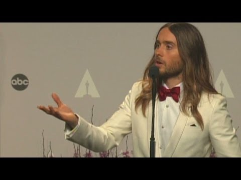 Raw Video: Jared Leto backstage at the 2014 Academy Awards