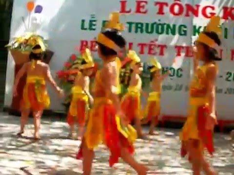 Mua dong mau lac hong-Hai yen ( tong ket nam hoc 2012-2013. MN Hoa Anh Dao)