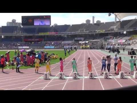 20130903 A-PINK BoMi 100m @ Idol Sports Athletics Championships