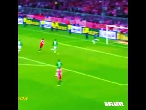 Bastian Schweinsteiger với kỹ thuật điêu luyện