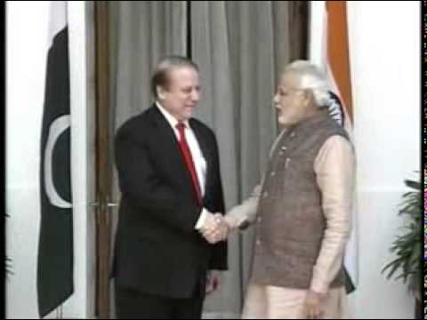 PM Narendra Modi meet's Pakistan PM Nawaz Sharif