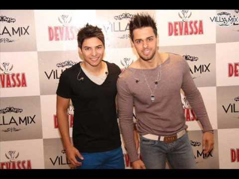 Victor e Neto Escorrega (Participação Tarapi)